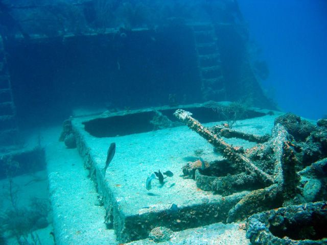 Large underwater shipwreck